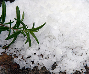 Buy Natural Magnesium Chloride Flakes solar harvested and food grade, Australia.